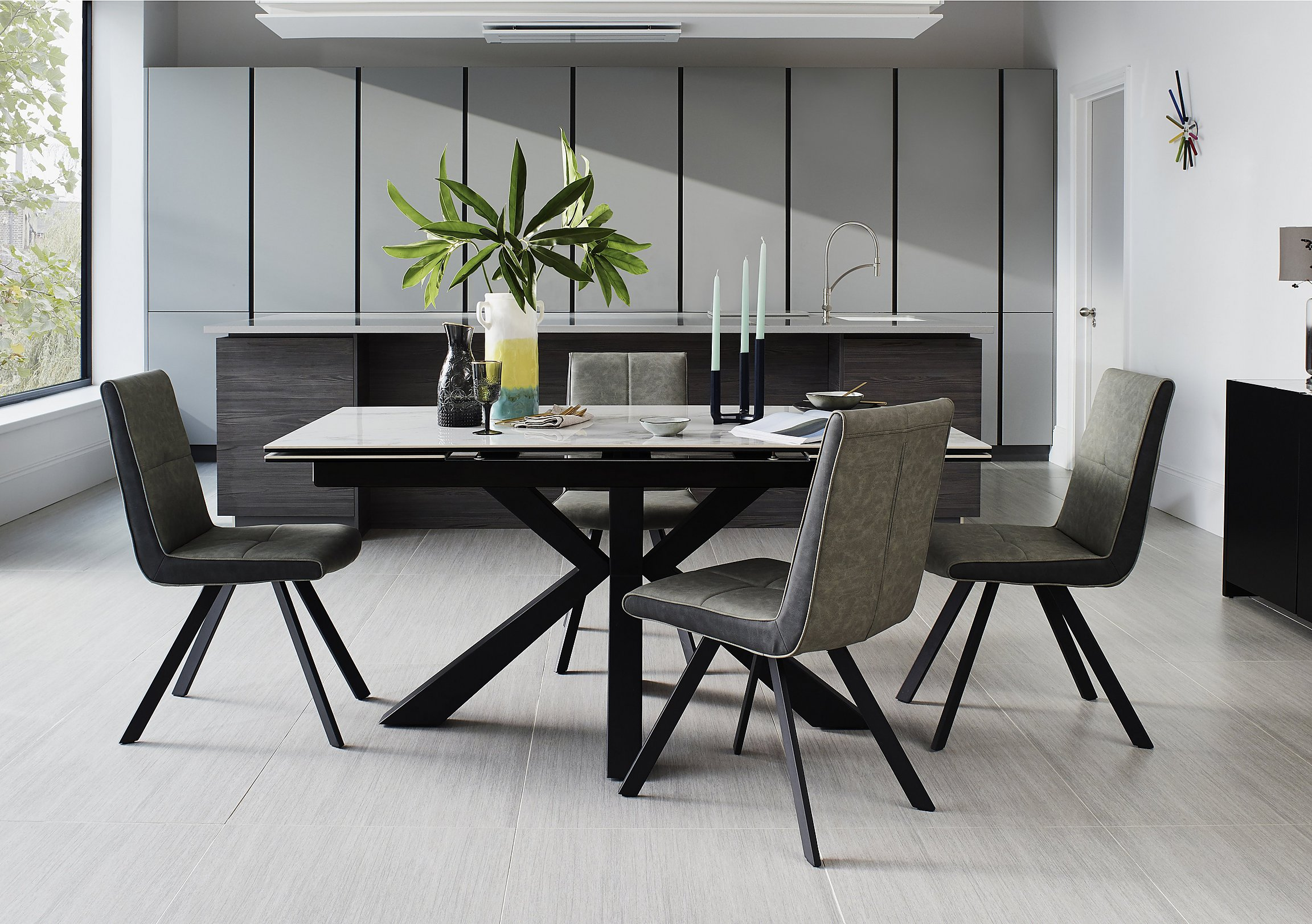 Phoenix Dining Table And 4 Chairs