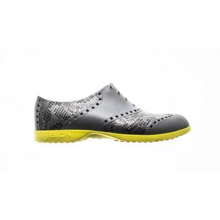 Women's Oxford Pattern Spikeless Shoe - Snake
