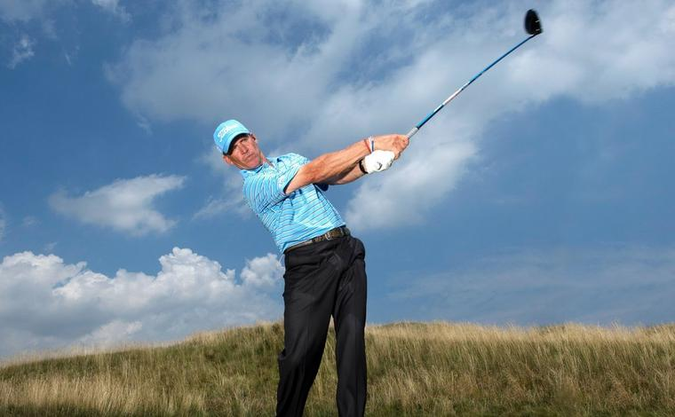 AN FJ Fix: How to shift your weight for an efficient golf swing