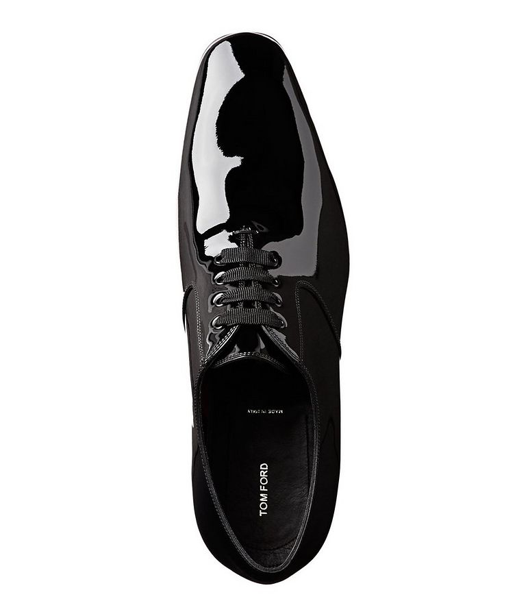 Chaussure lacée en cuir verni image 2