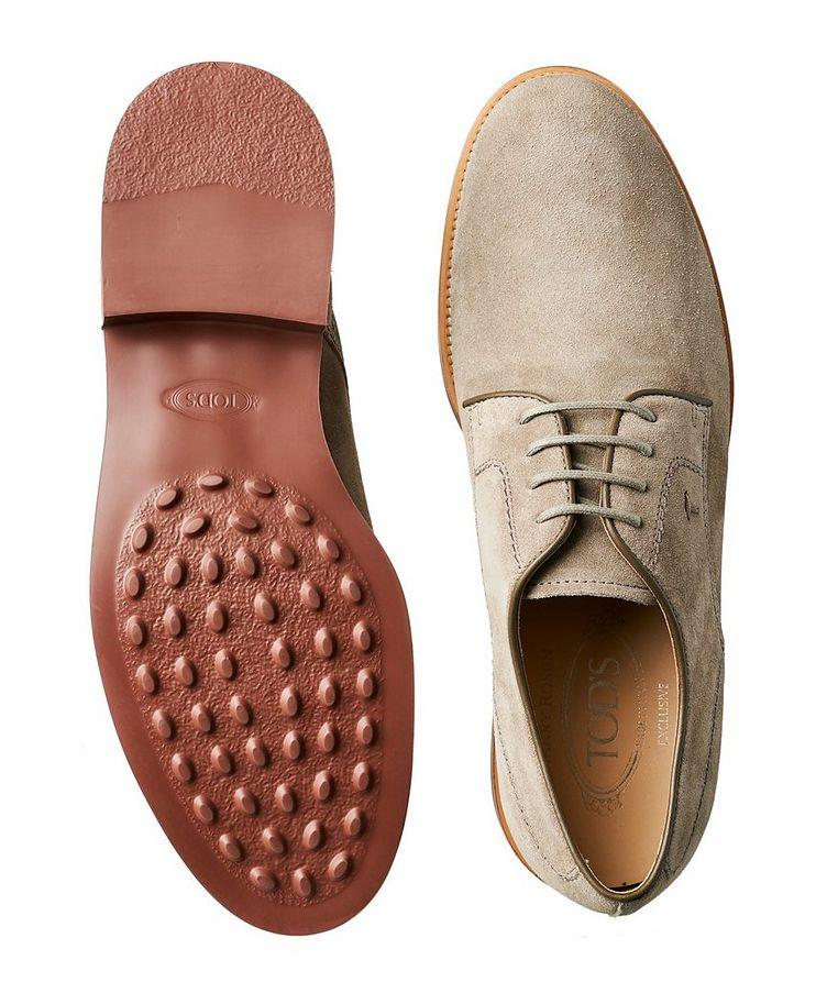 Chaussure lacée en suède image 2