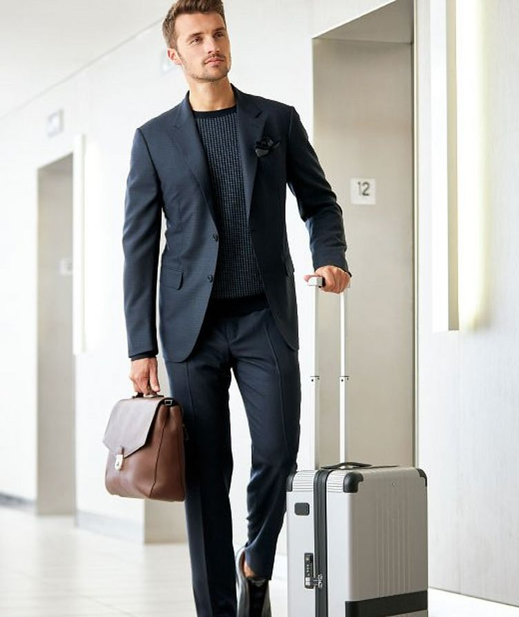 High-Performance Packaway Suit image 2