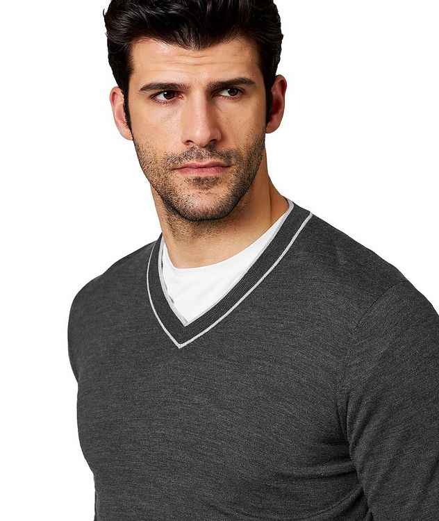 V-Neck Wool & Cashmere Sweater picture 2