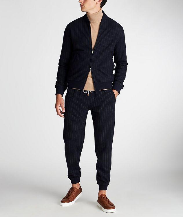 Pantalon sport en cachemire à fines rayures picture 5