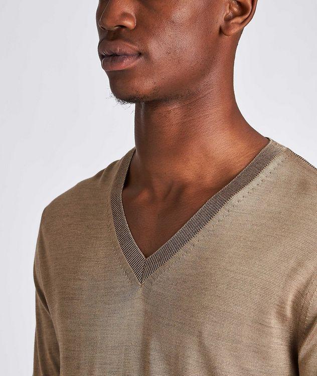 V-Neck Silk Sweater picture 4