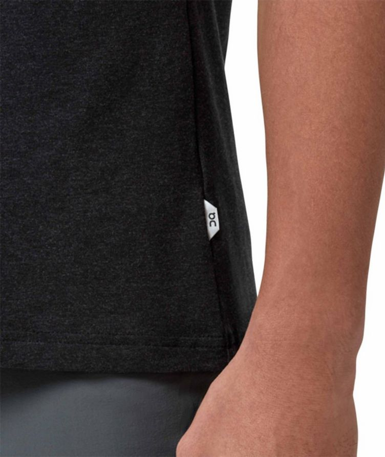 T-shirt On-T en tissu performance extensible image 3