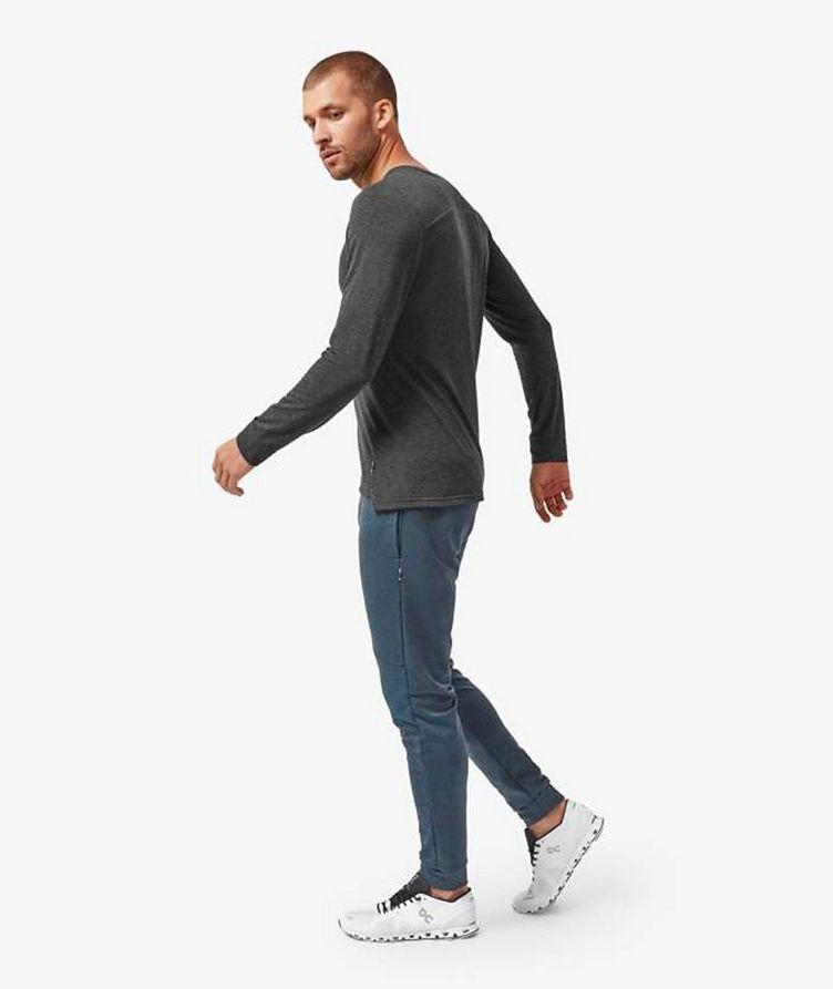 T-shirt en tissu performance à manches longues image 1
