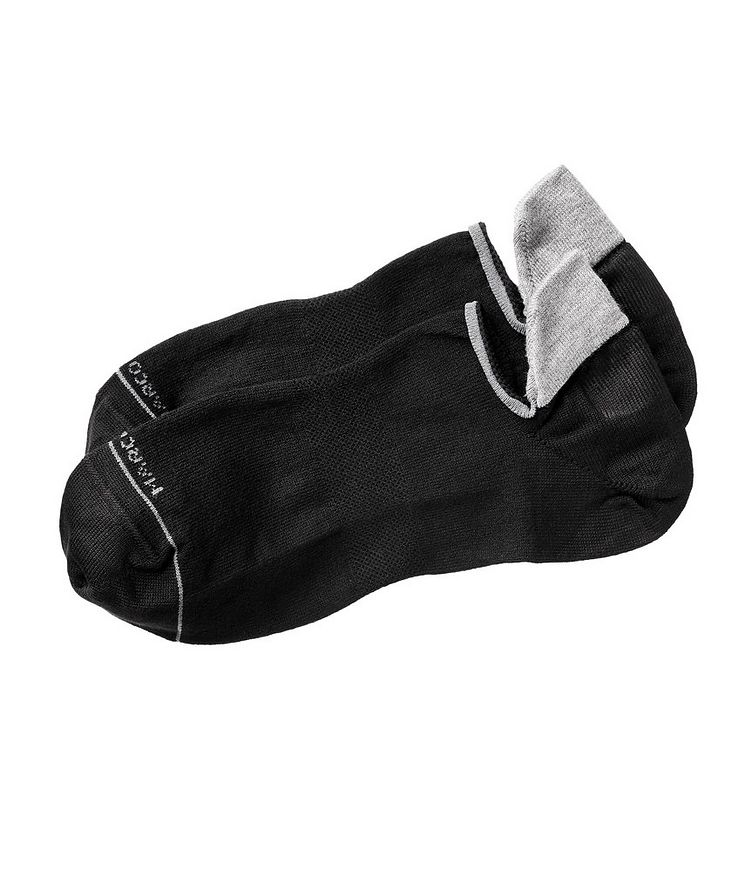 Invisible Touch Sneaker Socks image 0