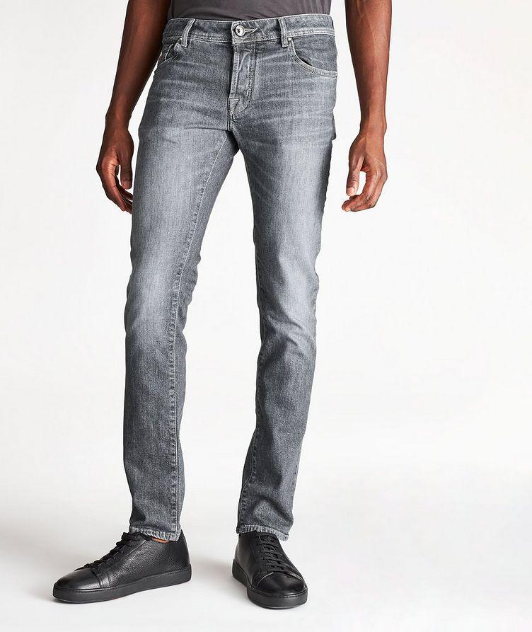 Jean en tissu extensible de coupe amincie image 0