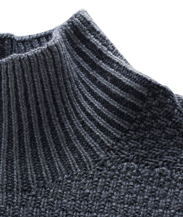 Wool Knit Turtleneck picture 2