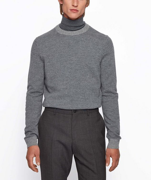 Micro-Houndstooth Turtleneck picture 3