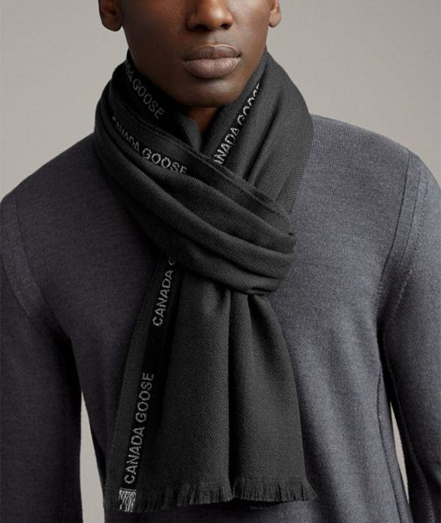 Écharpe en laine mérinos à motif de chevrons picture 2