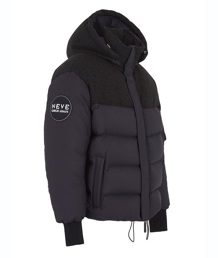 Manteau de duvet, Neve image 1