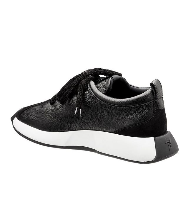 Omnia 10 Arena Leather Sneakers picture 2