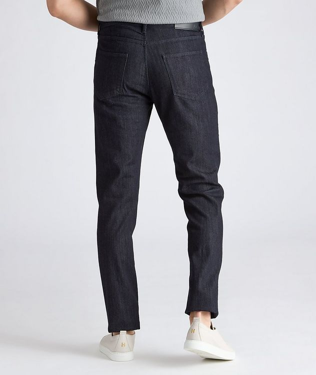 J25 Tapered Stretch Jeans picture 3