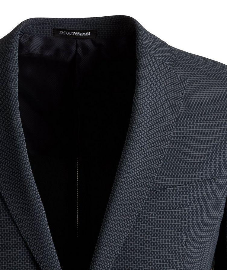 M Line Stretch Suit image 2