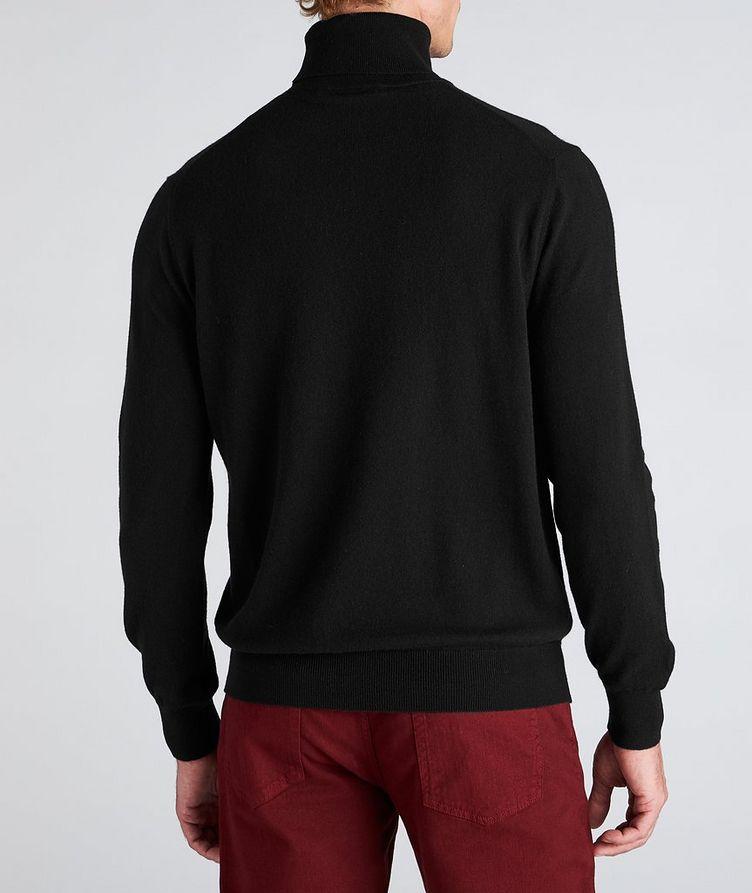 Premium Cashmere Turtleneck image 2
