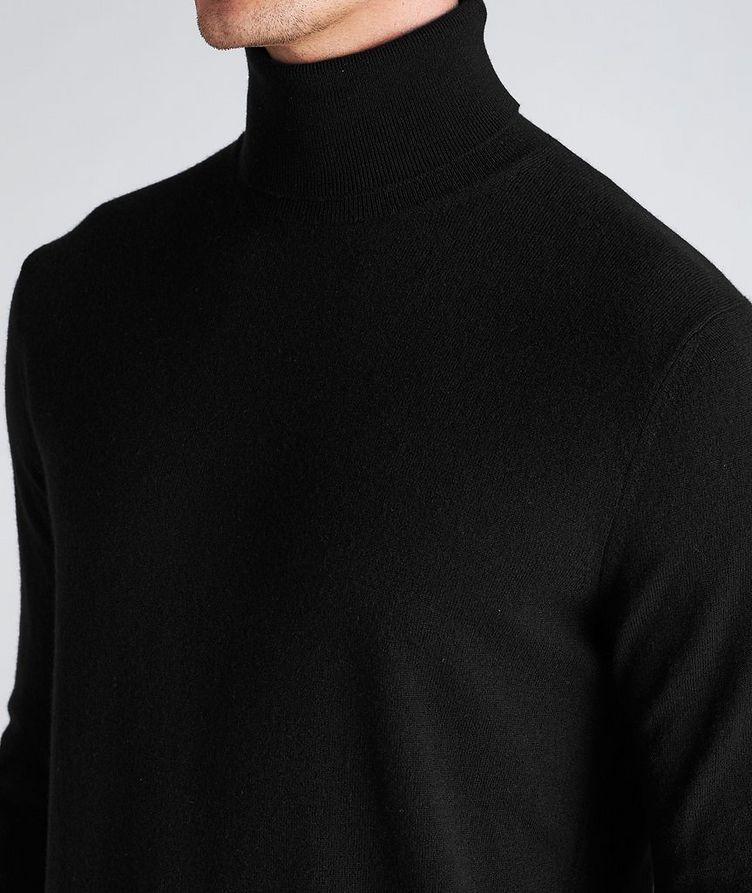 Premium Cashmere Turtleneck image 3