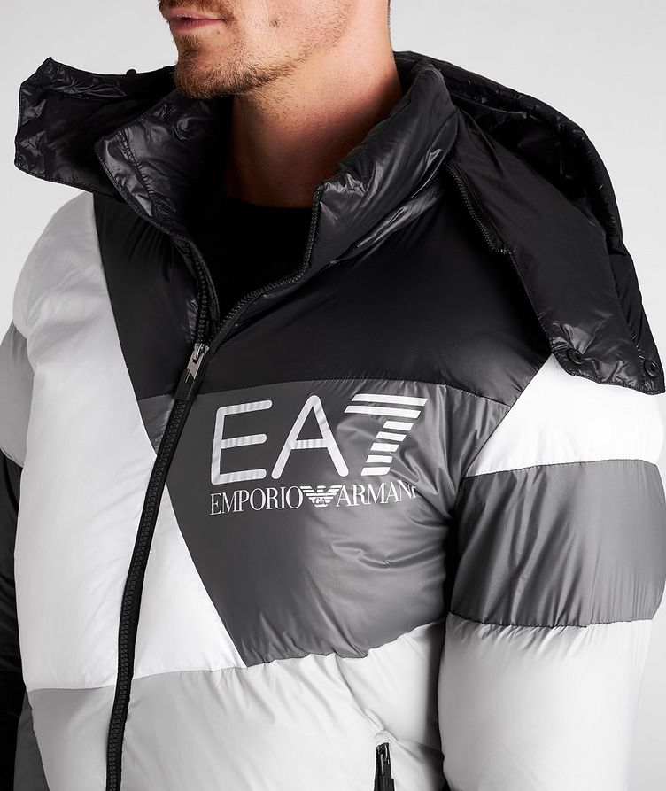 Colour-Blocked Down Puffer Jacket image 3