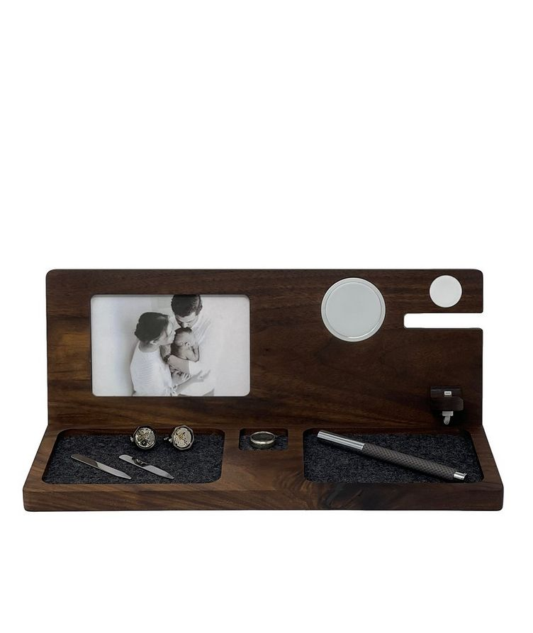 Deluxe Charging Dock With Picture Frame image 0