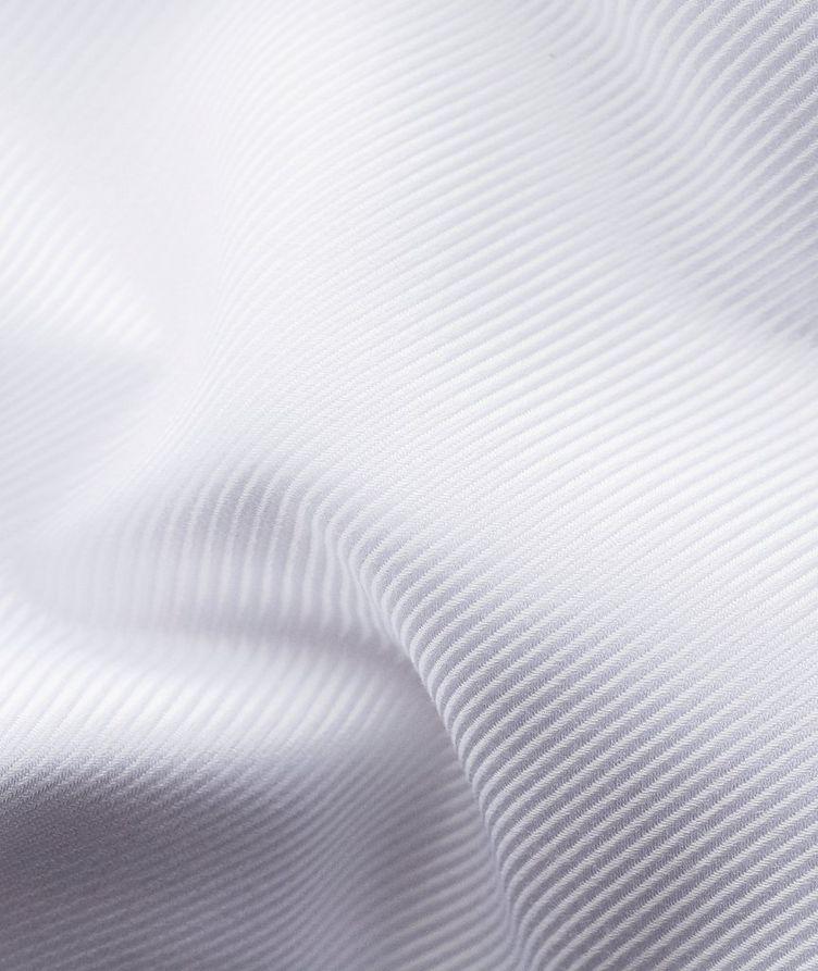 Chemise habillée à tissage diagonal de coupe contemporaine image 7