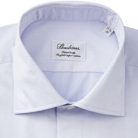 Spread collar on blue shirt