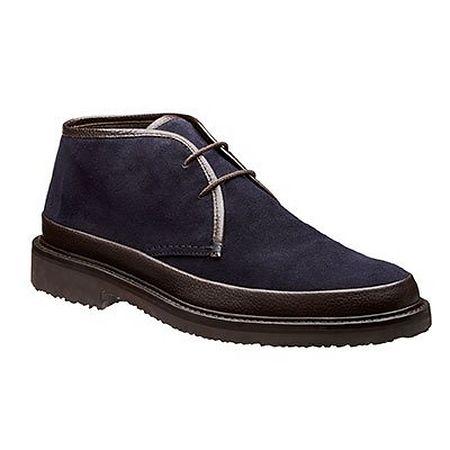 Suede chukka boot in navy