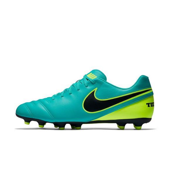 classic fit dfbdb 8bfa2 Nike Tiempo Rio III FG