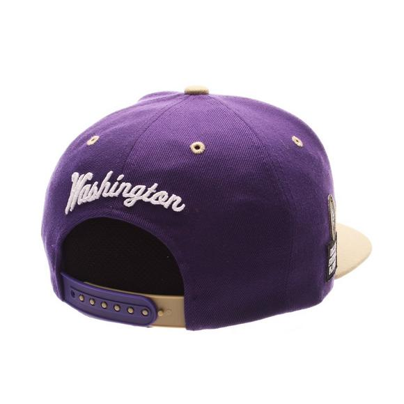ed5b0268206 Zephyr Washington Huskies Z11 Snapback Hat - Main Container Image 2