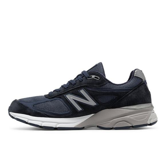 sports shoes 447f8 6cd18 New Balance 990v4