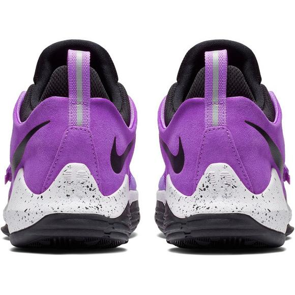 510b8c69ea8c Nike PG 1