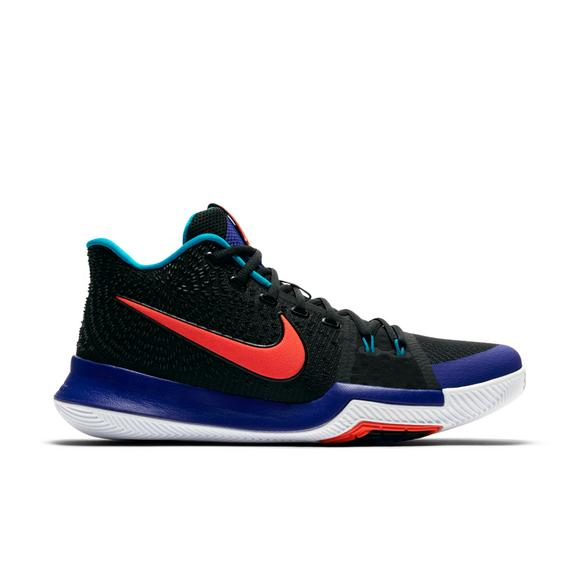 hot sale online 54377 a5281 Nike Kyrie 3
