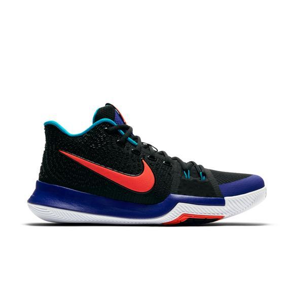 d26fbf5132f0 Nike Kyrie 3