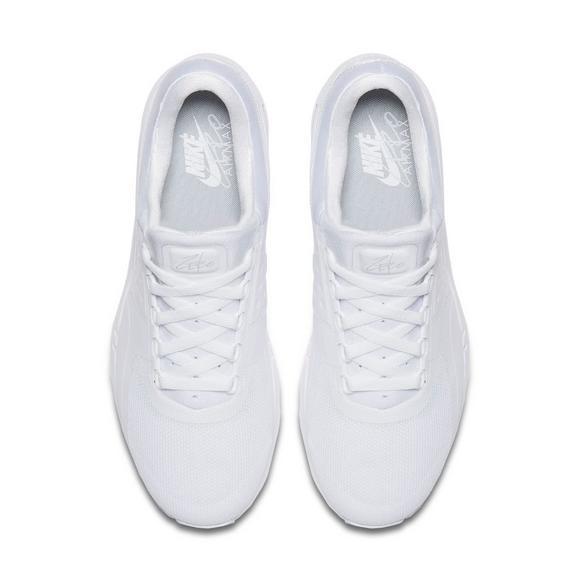 261eedc07c2c Nike Air Max Zero Essential