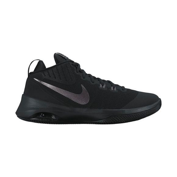bfe2cfc8010a Nike Air Versatile Men s Basketball Shoe - Main Container Image 1