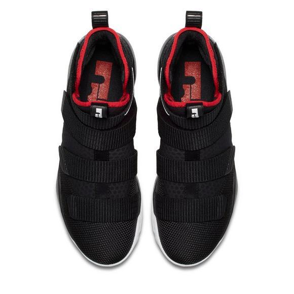 buy online 66e93 3960e Nike Lebron Soldier 11 Men's Basketball Shoe - Hibbett US