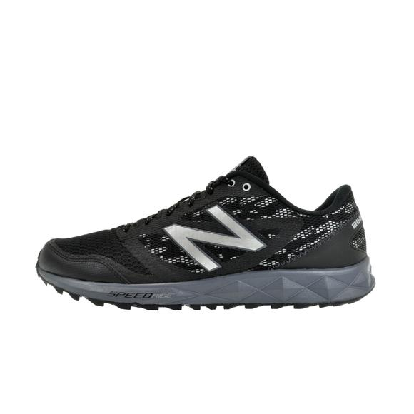 2f3ca2db62e7 New Balance 590 Men s Trail Running Shoe - Main Container Image 2