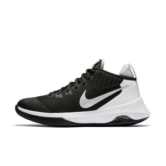 5dcffe4b53e2 Nike Air Versatile Women s Basketball Shoe - Main Container Image 2