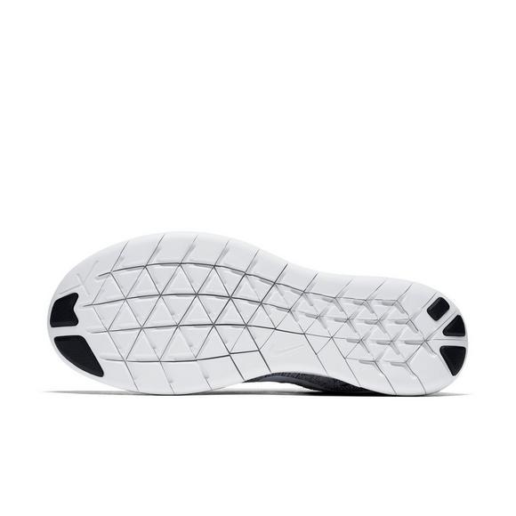 cheap for discount 732ec 97c0d Nike Free Run Flyknit Women s
