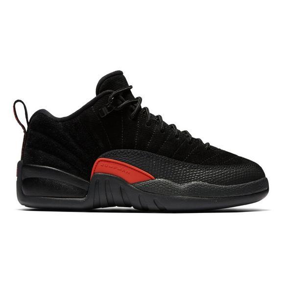 low priced 09dd2 2b1df Jordan Retro 12 Low