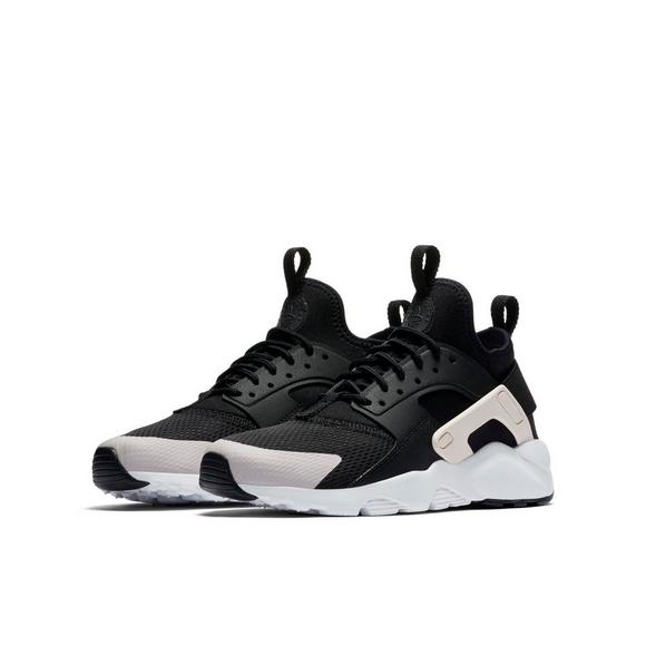 672f45129b9f1 Nike Huarache Run Ultra