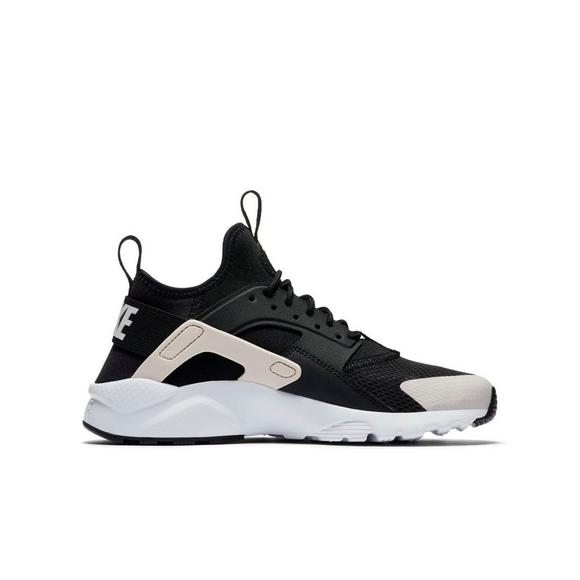 8a92501973ce5 Nike Huarache Run Ultra