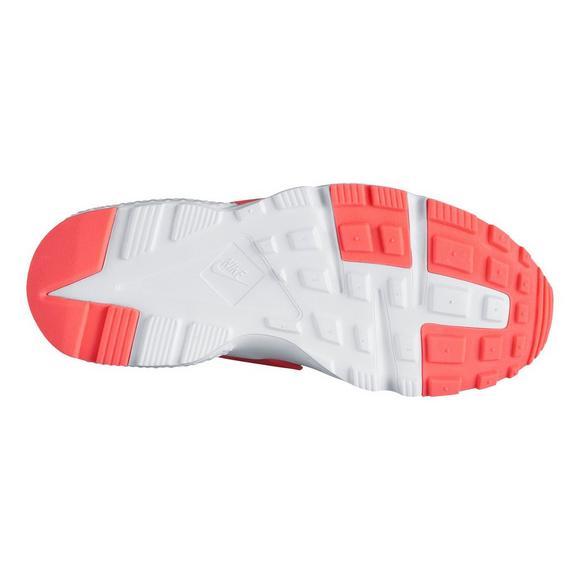 dd2d9633b6cb Nike Huarache Run