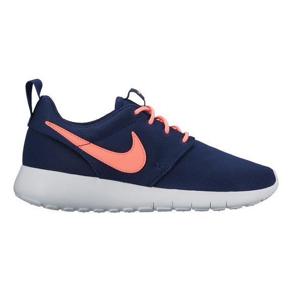 425c30a9429a Nike Roshe One