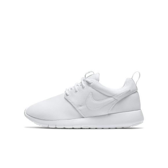 sports shoes 03a26 100e0 Nike Roshe One Grade School Girls' Casual Shoe