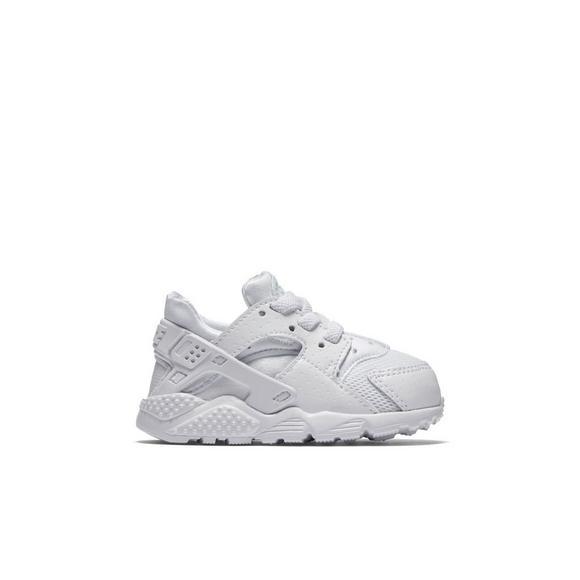 8e11287e0da63 Nike Huarache Run