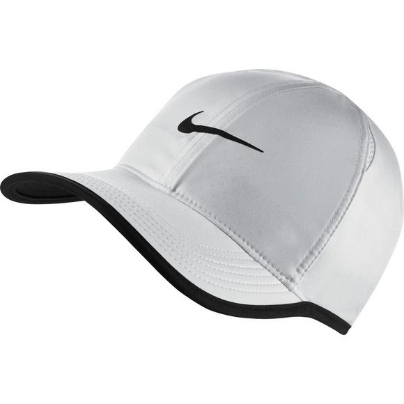 27a3d92cf4c0 NikeCourt AeroBill Featherlight Cap - Main Container Image 1