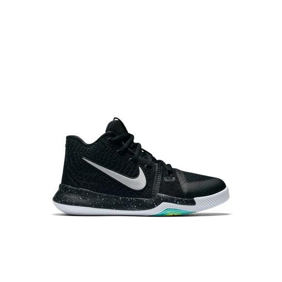 the latest ed73d 9a252 Nike Kyrie 3
