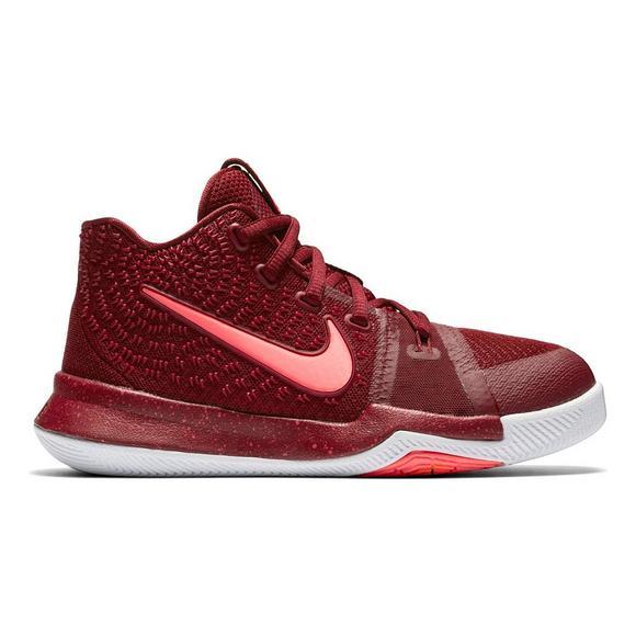df31a976605 Nike Kyrie 3