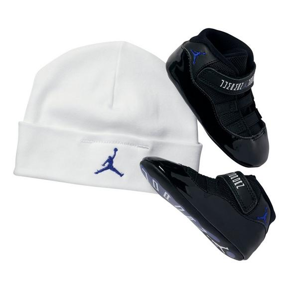 08c0b5911 Jordan Retro 11